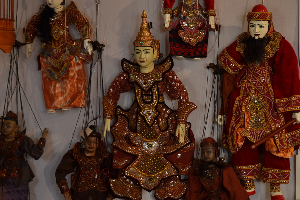 Marionette birmane