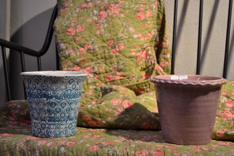 Candele artigianali in vasi di terracotta
