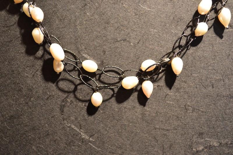 Collane con pietre e perle