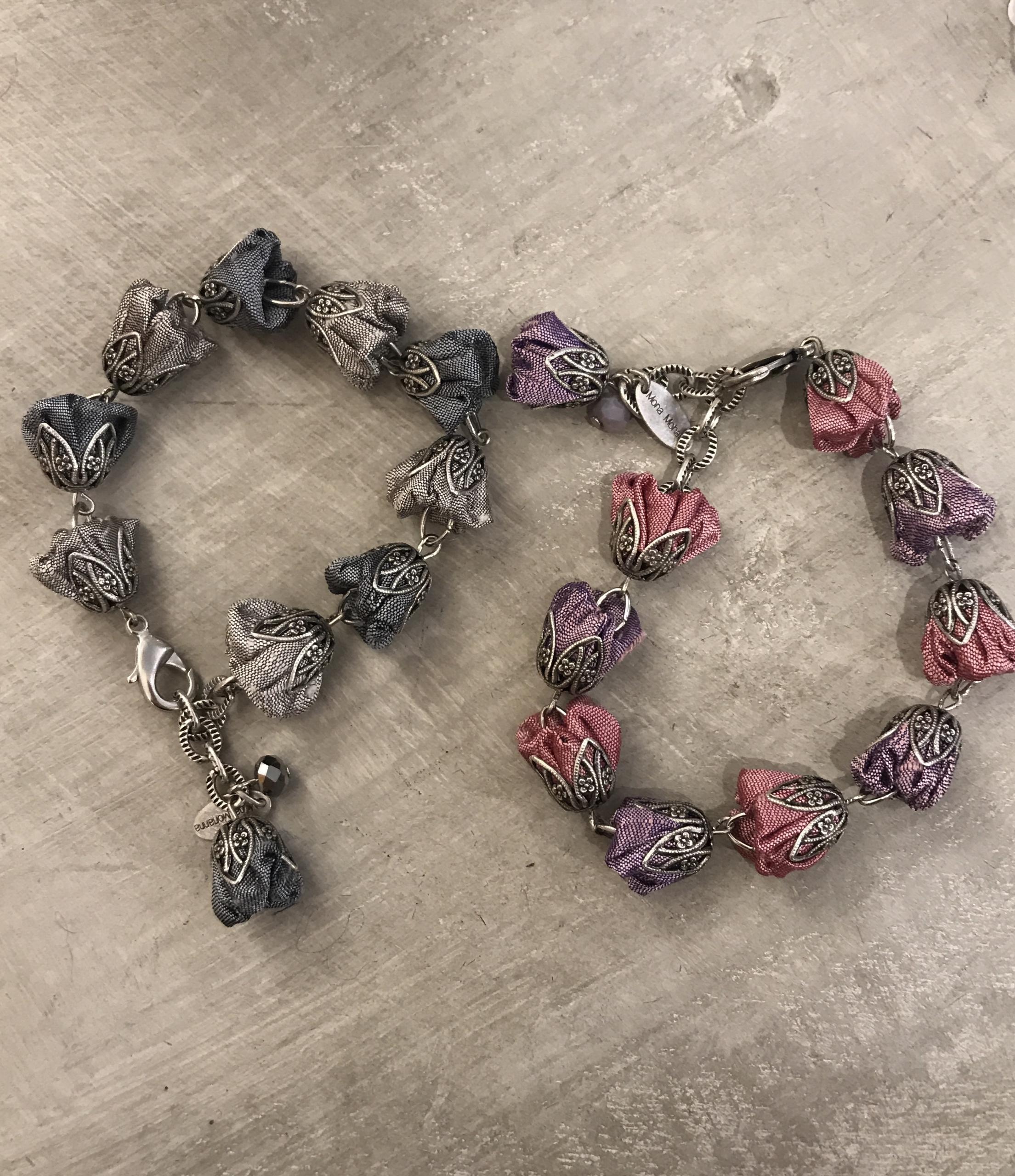 Bracciali con rose in shantung