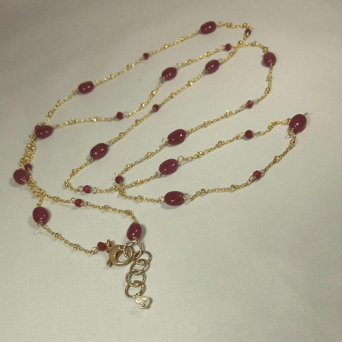 Collana lunga catena argento 925 dorata con sassi rubini e rubini
