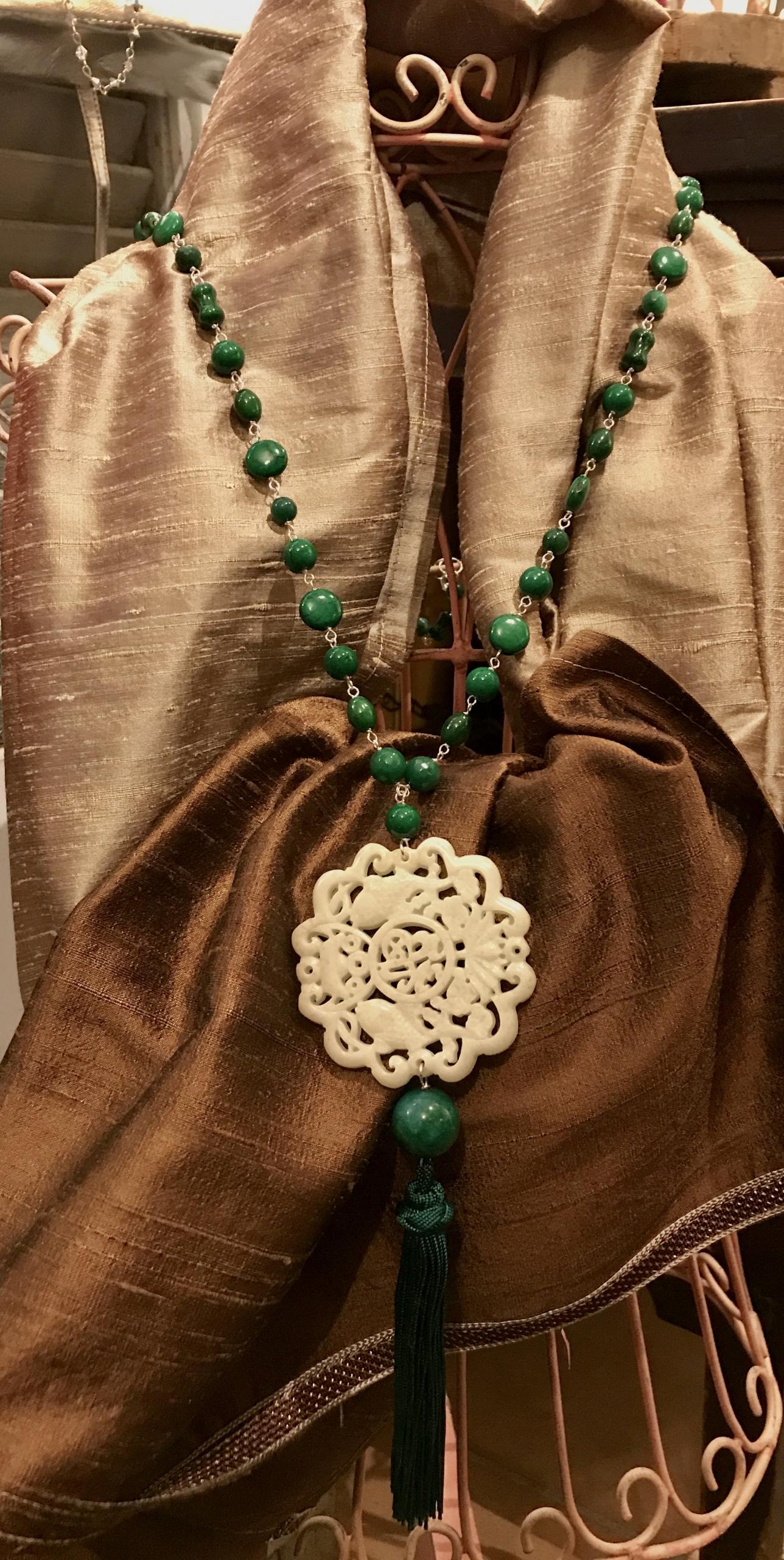 Collana concatenata agata verde e rosone in giadeite