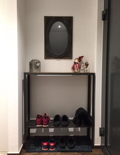 consolle:porta:scarpe piano in vecchio olmo struttura in ferro battuto