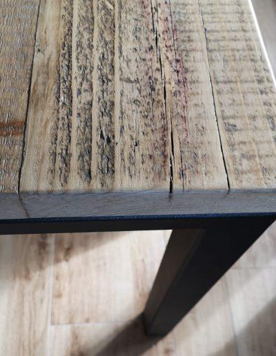 piano in legno di recuprero e ferro battuto