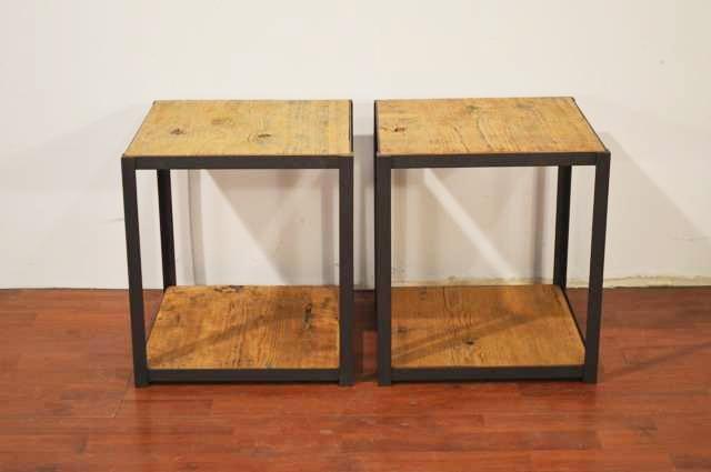 tavolini:comodini piani in vecchio olmo struttura in ferro battuto