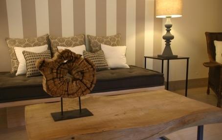 tavolino piano in legno naturale base in ferro battuto