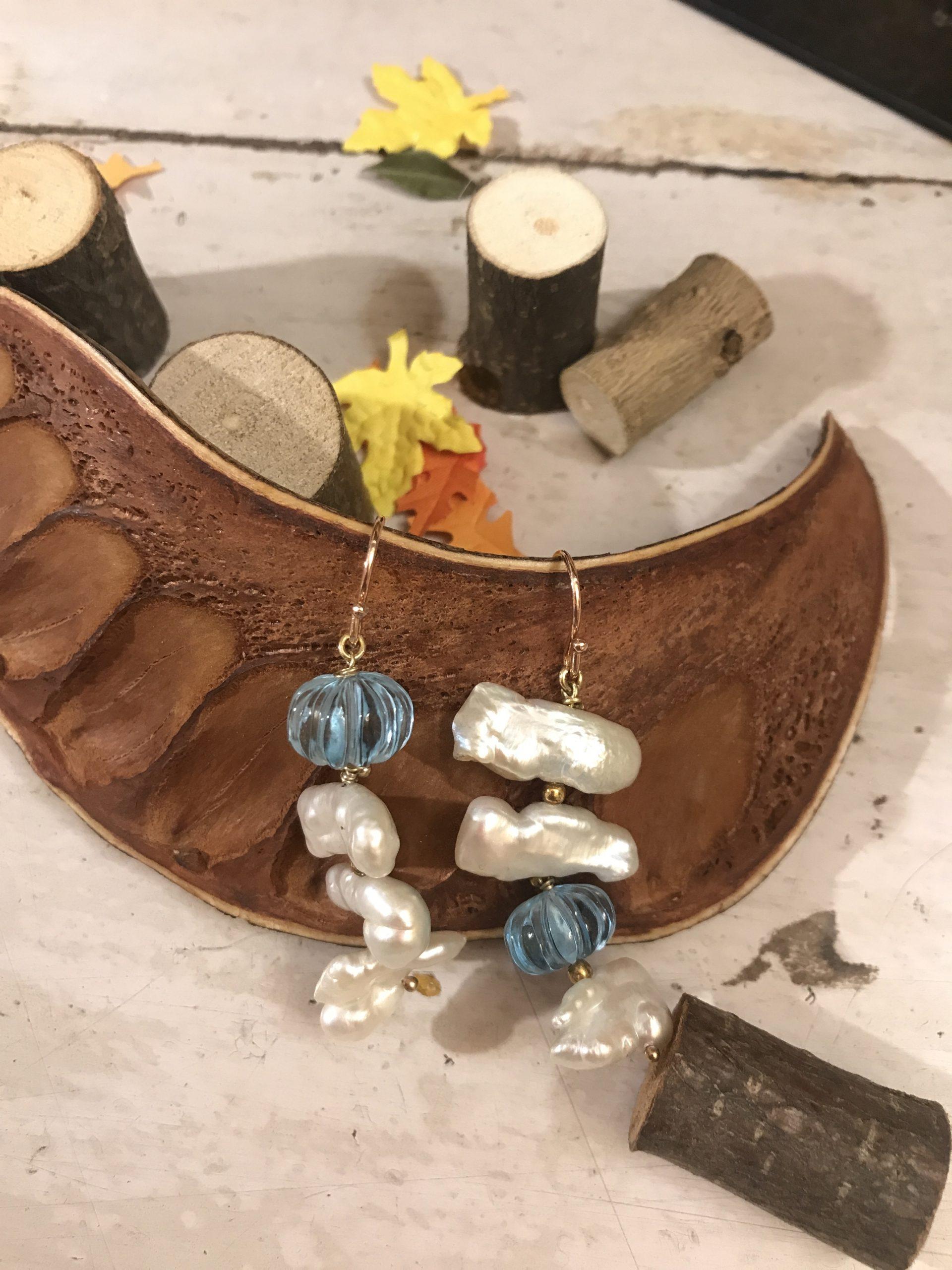 Orecchini con perle e topazio