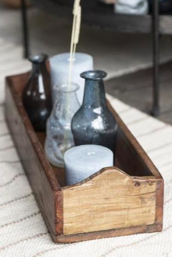 vecchi contenitori indiani in legno